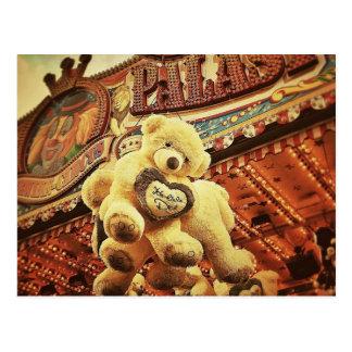 Nounours mignon au carnaval carte postale