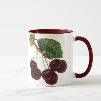 Nourritures vintages de fruit, cerises mûres d'un mug