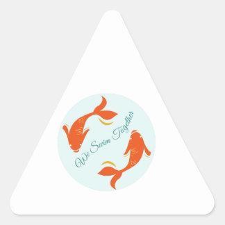 Nous nageons ensemble sticker en triangle