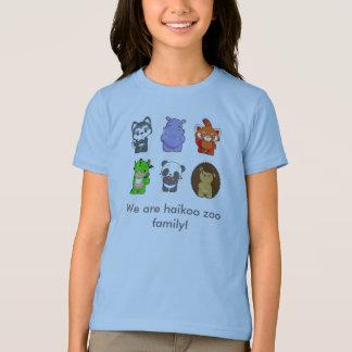 Nous sommes famille de zoo de haikoo ! t-shirts