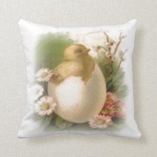 Nouveau poussin de Pâques Oreiller