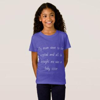 nouveau T-shirt de soeur de bébé