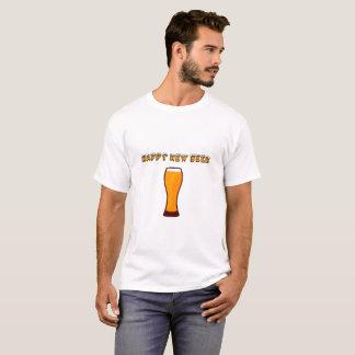 Nouveau T-shirt heureux en verre de vecteur de
