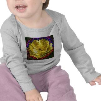 NOVINO - Or d'obsession floral T-shirts