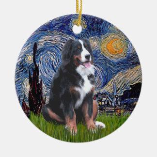 Nuit étoilée - chien de montagne de Bernese (l) Ornement Rond En Céramique