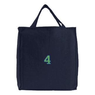 Numéro 4 sacs brodés