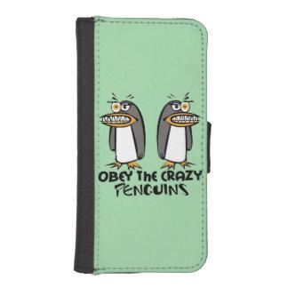 Obéissez la conception graphique de pingouins fous coque avec portefeuille pour iPhone 5
