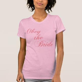 Obéissez le dessus de réservoir de jeune mariée t-shirt
