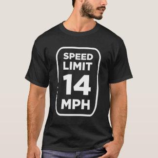 Obscurité de T-shirt de tram de MiceAge