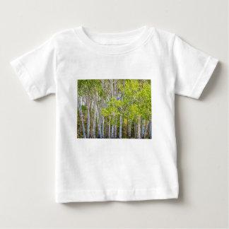 Obtention perdue dans la région sauvage t-shirt pour bébé