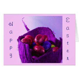 Oeufs de pâques dans le panier V Carte De Vœux