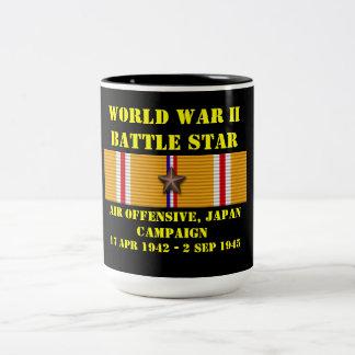 Offensive d'air, campagne du Japon Mug Bicolore