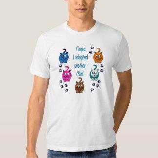 Oh là là ! !  J'ai adopté un autre chat ! T-shirts