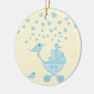Oiseau bleu avec la poussette - premier Noël du Ornement Rond En Céramique