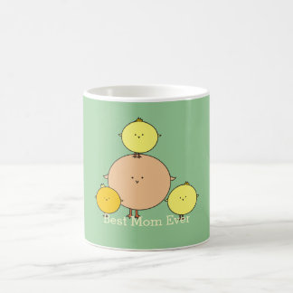 Oiseau de mère avec trois tasses du jour de mère