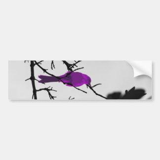 Oiseau lilas sur l'arbre noir autocollant pour voiture