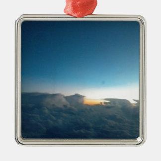 oiseaux de nuage ornement carré argenté