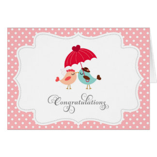 Oiseaux mignons épousant la carte de félicitations