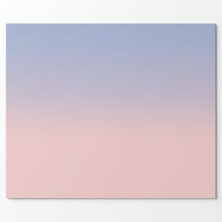 Ombre de rose en pastel et de bleu de ciel papier cadeau