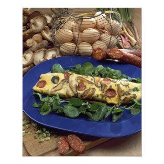 Omelette roulée avec le shiitaké et le chorizo - photographies