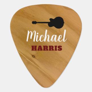 onglet de guitare rustique en bois avec le nom