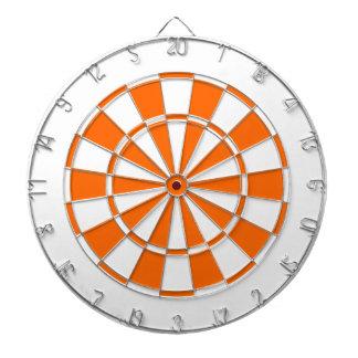 orange et blanc jeu de fléchettes