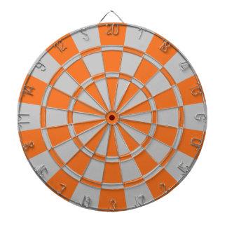 Orange et gris jeux de fléchettes