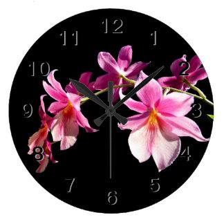 Orchidée rose grande horloge ronde