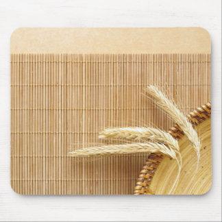 Oreilles de blé de plat en bois tapis de souris