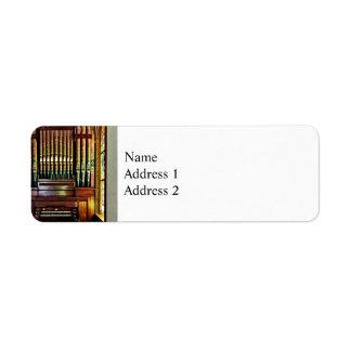 Organe de tuyau dans l'église étiquette d'adresse retour