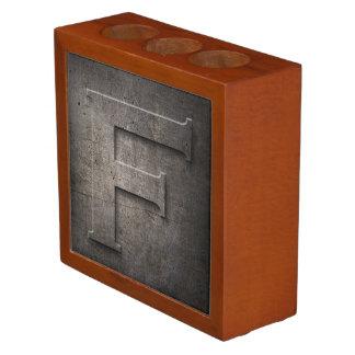 Organiseur De Bureau Organisateur en bronze de bureau du monogramme F