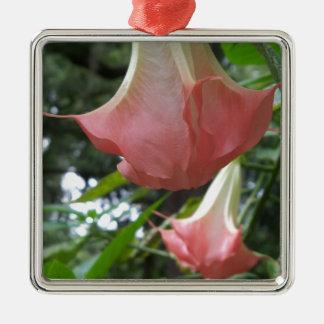 Ornement Carré Argenté 2 fleurs de trompette roses d'anges