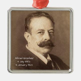 Ornement Carré Argenté Alfred Grunfeld