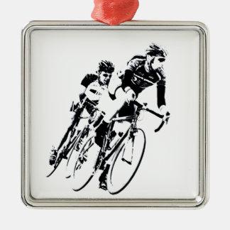 Ornement Carré Argenté Allez à vélo les coureurs dans le tour