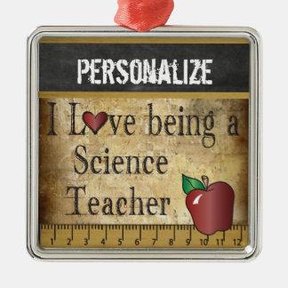 Ornement Carré Argenté Amour étant un cru du professeur de Sciences |