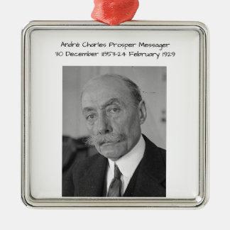Ornement Carré Argenté André Charles prospèrent Messager