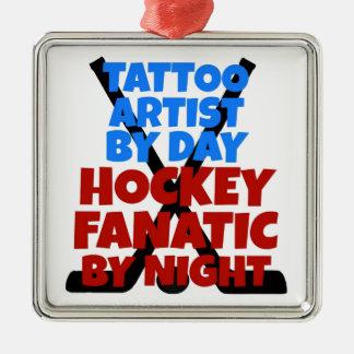 Ornement Carré Argenté Artiste de tatouage d'amant d'hockey