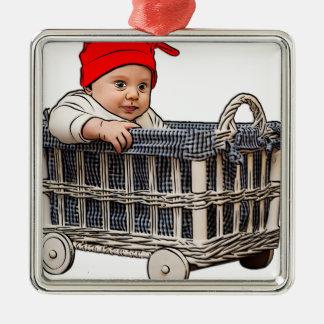 Ornement Carré Argenté beau bébé adorable dans un panier