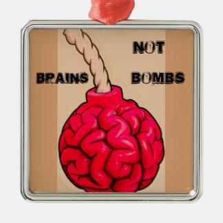 Ornement Carré Argenté Bombes de cerveaux pas