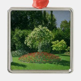 Ornement Carré Argenté Claude Monet   Jeanne Marie Lecadre dans le jardin