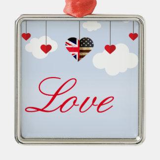 Ornement Carré Argenté Coeurs américains britanniques d'amour en nuages