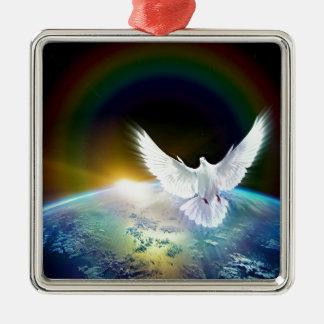 Ornement Carré Argenté Colombe de Saint-Esprit de paix au-dessus de la