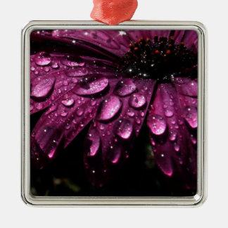 Ornement Carré Argenté conception florale d'art de baisses de pluie