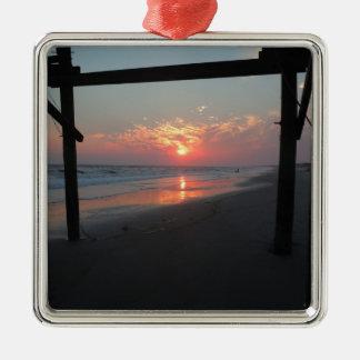 Ornement Carré Argenté Coucher du soleil sous le pilier - île de chêne,