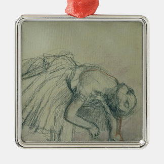Ornement Carré Argenté Danseur d'Edgar Degas | fixant sa pantoufle,