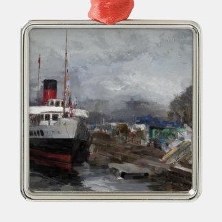 Ornement Carré Argenté Dock de bateau