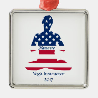 Ornement Carré Argenté Drapeau de yoga d'Américain de méditation des
