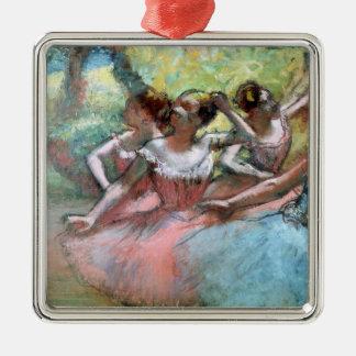 Ornement Carré Argenté Edgar Degas   quatre ballerines sur l'étape