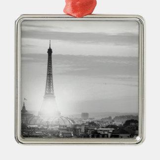 Ornement Carré Argenté eiffel tower, paris, France