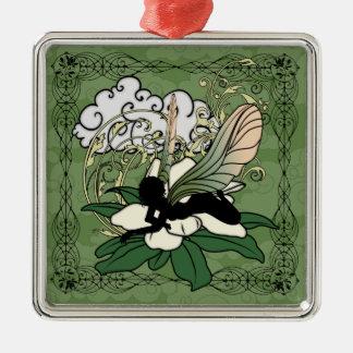Ornement Carré Argenté Fée d'ombre de magnolia